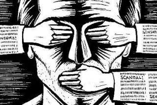 Atacan con artefactos incendiarios a un diario alemán que publicó las caricaturas de Charlie Hebdo
