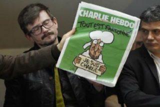 Con Mahoma en la portada, Charlie Hebdo resiste al fanatismo religioso