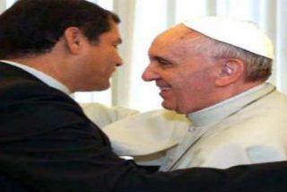 Rafael Correa defiende al Papa por señalar límites a la libertad de expresión