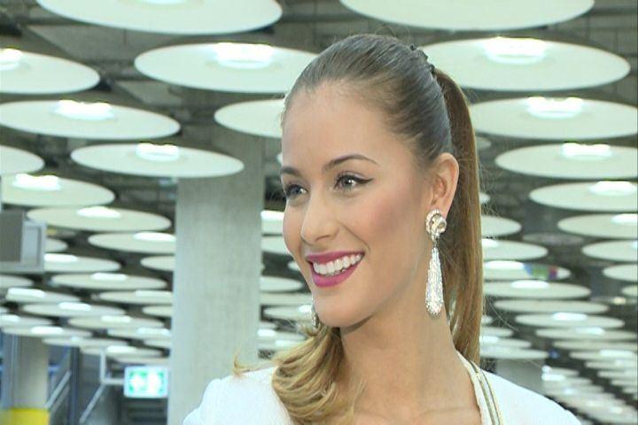 Desiré Cordero regresa triunfal a España aunque sin la corona de Miss Universo
