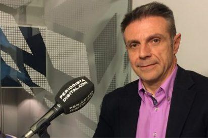 """Enrique Riobóo sobre los 425.000 euros de Monedero : """"Es el rey del chanchullo"""""""
