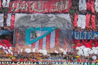 El Frente Atlético reaparece en la presentación de Torres con este mensaje