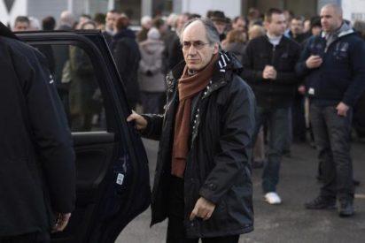 Charlie Hebdo defiende la libertad de religión, dice su redactor jefe