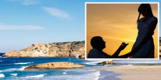 Muere una mujer al caer por un acantilado de Ibiza mientras le pedían en matrimonio