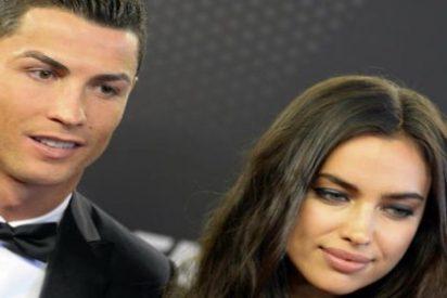 Primer topless de Irina tras romper con Cristiano Ronaldo