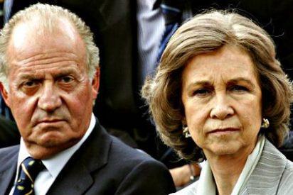 Don Juan Carlos da esquinazo a la familia y recibe el año a kilómetros