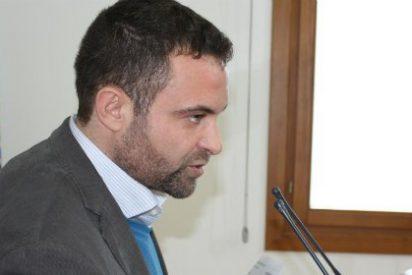 """Jorge Amado, portavoz socialista en Extremadura: """"Monago no quiere bajar los impuestos"""""""
