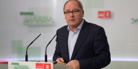 """Juan Cornejo (PSOE): """"Susana Díaz se deja la piel cada día por Andalucía"""""""