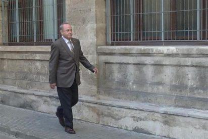 El juez José Castro ofrece a la Infanta Cristina la opción de comunicarle en persona la apertura de juicio