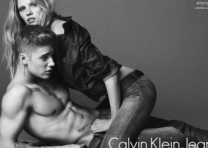 Calvin Klein elige a Lara Stone y Justin Bieber para su nueva campaña