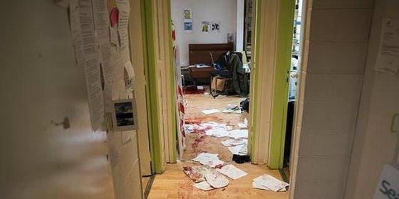 """Así quedó cubierta de sangre la redacción de 'Charlie Hebdo': """"¡Vais a pagar por insultar al profeta!"""""""