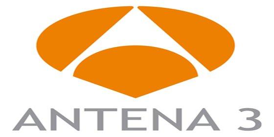 Los Reyes presiden la fiesta del 25 aniversario de Antena 3, a la que han asistido numerosas personalidades