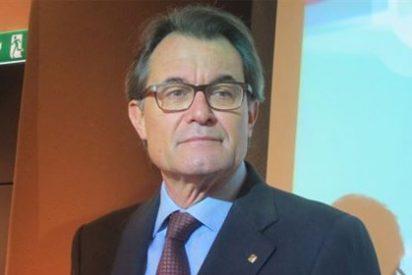 """Mas pide a ERC no afrontar el futuro de Cataluña desde una mentalidad """"regional"""""""