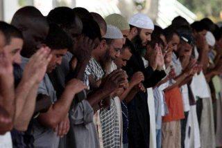 La colonia musulmana reclama su derecho a enterrarse en Galicia