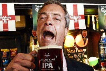 El líder populista inglés que promete dejar de 'soplar' para despejar sus eurófobas ideas