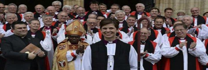 Histórica consagración de la primera obispa de la Iglesia de Inglaterra