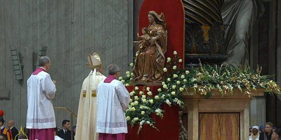 """Francisco: """"Separar a Jesús de la Iglesia sería introducir una dicotomía absurda"""""""