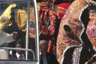 Las 10 claves del segundo viaje del Papa a la 'frontera' asiática