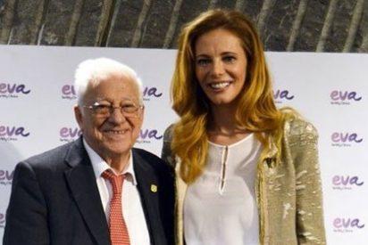 Paula Vázquez y el Padre Ángel imagen de un proyecto solidario