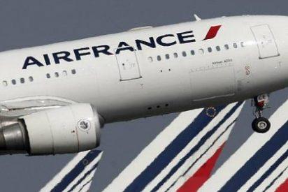 Air France dejará con una mano delante y otra detrás a 5.000 trabajadores durante este año