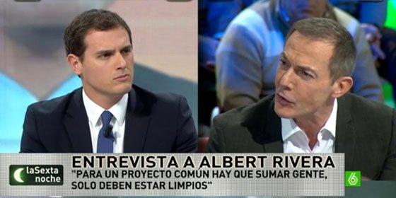Hilario Pino trata de meter el dedo en el ojo a Albert Rivera y la pifia al confundir La Caixa con Caixa Catalunya