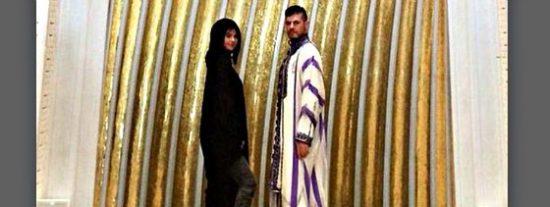 Selena Gomez desata la ira del Islam tras hacerse una foto mostrando un tobillo en una mezquita