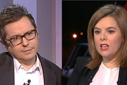Malestar en Moncloa por las preguntas sobre Bárcenas y la corrupción a la vicepresidenta en el '24 Horas' de TVE