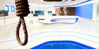 ¿Podemos hacia el patíbulo? TVE coloca la mano negra de los radicales afines a Iglesias en la soga de ahorcado