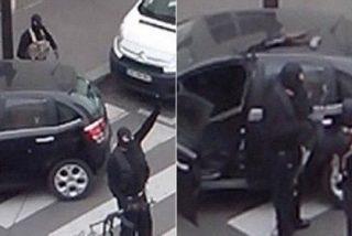 El nuevo vídeo de los asesinos de 'Charlie Hebdo' disparando a un coche de policía