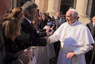 El Papa recibe a víctimas de la AMIA