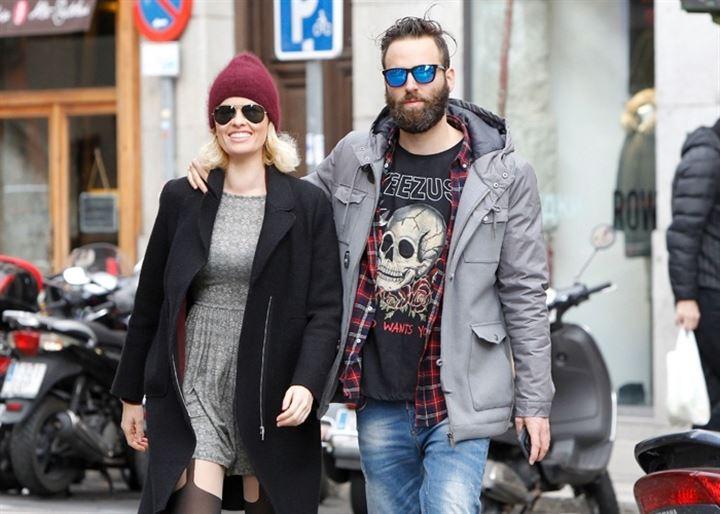 Adriana Abenia y Sergio Abad, dos enamorados de paseo