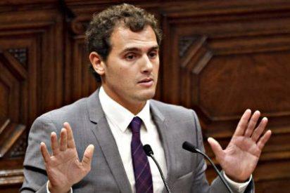 """Tertsch: """"Podemos puede dar miedo, pero ya no lleva los votos asustados al PP, ha surgido Ciudadanos"""""""