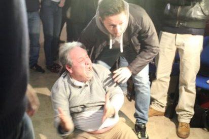 Broncas Monedero: el camarero venezolano del 25-S se enfrenta a los matones de Podemos