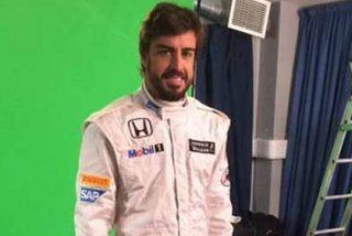 Fernando Alonso da la cara tras los primeros problemas del McLaren