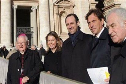 """""""Bauzá acude al Vaticano con las manos manchadas de sangre inocente"""""""