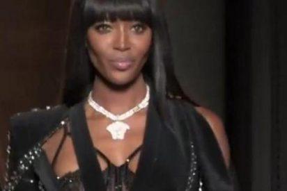 El desfile solidario de Naomi Campbell