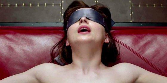 ¿Quieres saber lo que siente Dakota Johnson al ver las escenas de sexo en '50 sombras de Grey'?