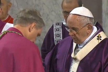"""Francisco: """"Cada cristiano debe elegir cada día como lo hizo Moisés"""""""