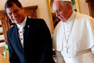 Correa aplude al Papa por beatificar a monseñor Romero
