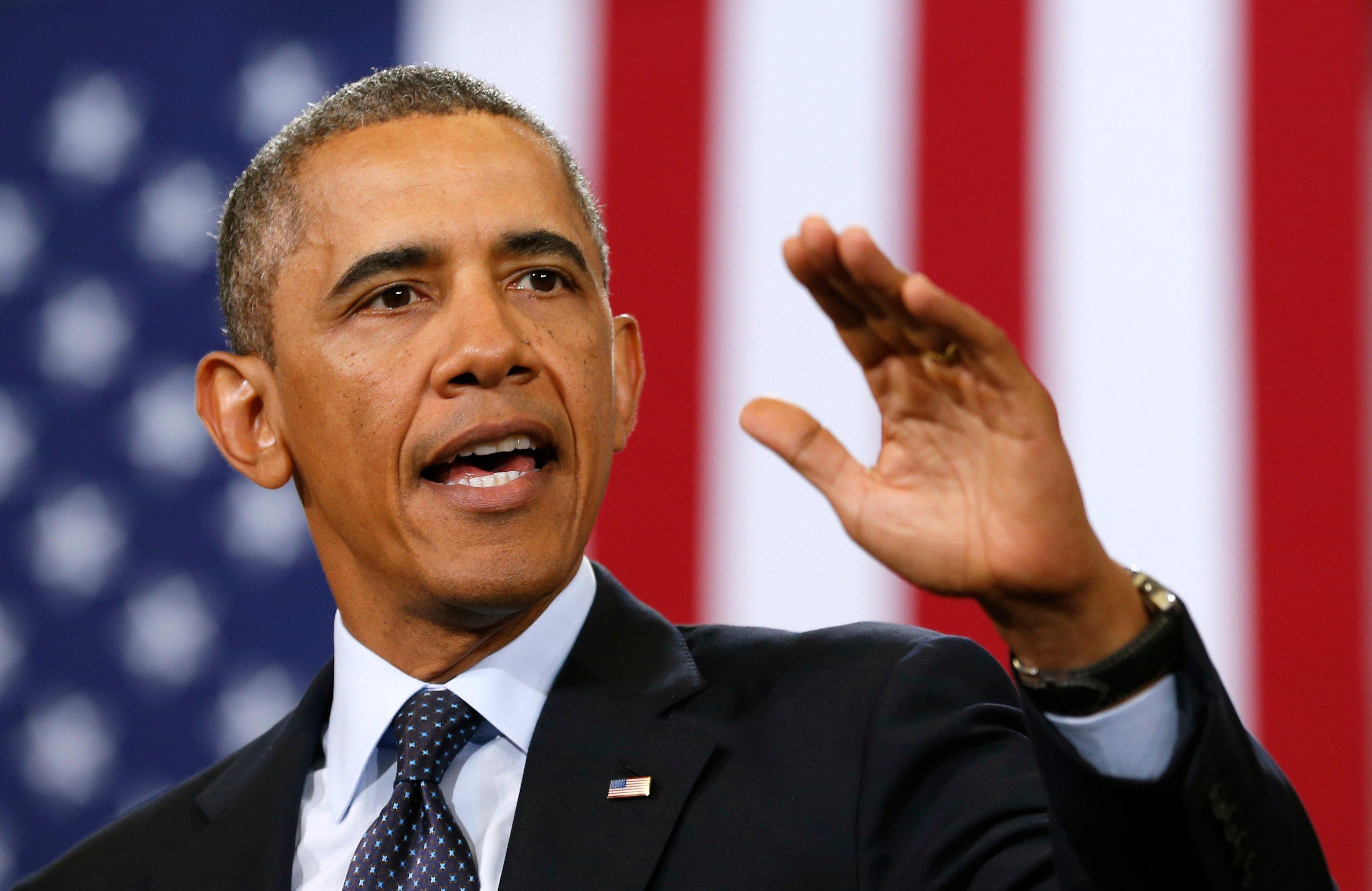 """Obama se mete en camisa de once varas y dice que no se puede seguir """"presionando"""" a Grecia"""