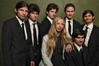 """Los 7 hermanos a quienes encerraron 14 años en casa para que no se """"contaminaran"""""""