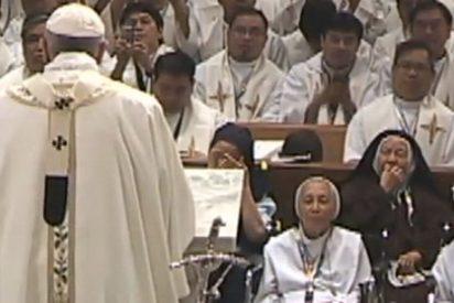 """Rodríguez Carballo: """"El Papa nos pide una vida consagrada en salida"""""""