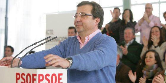 """Fernández Vara: """"Huyendo como huye el PP de la Extremadura real, no se resuelven los problemas de la gente"""""""