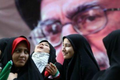 Las mujeres que se operan para recuperar la virginidad en Irán