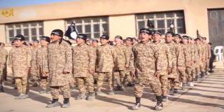 [Vídeo] Así entrena el Estado Islámico a los niños para convertirlos en sádicos matarifes