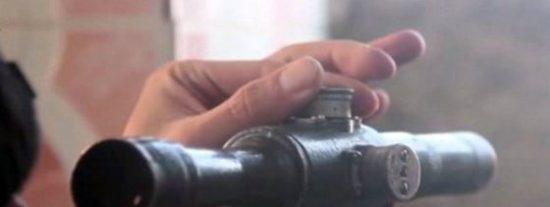 [Vídeo] Así vuela la cabeza a 12 personas el francotirador más letal del Estado Islámico