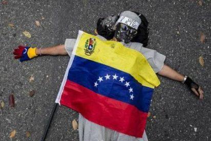 Los de IU se cubren de gloria en la Eurocámara defendiendo a ultranza las matanzas de Maduro