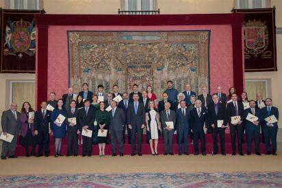Sus Majestades los Reyes entregan los Premios Nacionales de Cultura