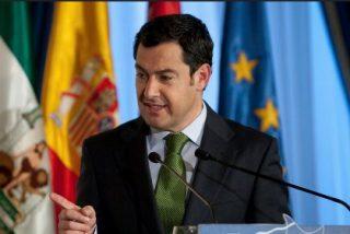 Juanma Moreno anuncia que 5.000 trabajadores públicos actuarán como guías para la creación de empresas en Andalucía