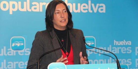 """La secretaria del PP andaluz, Loles López, cree que """"a Díaz ya no la creen ni los suyos"""""""
